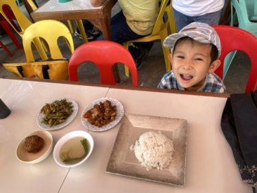フィリピンの屋台食堂に初挑戦